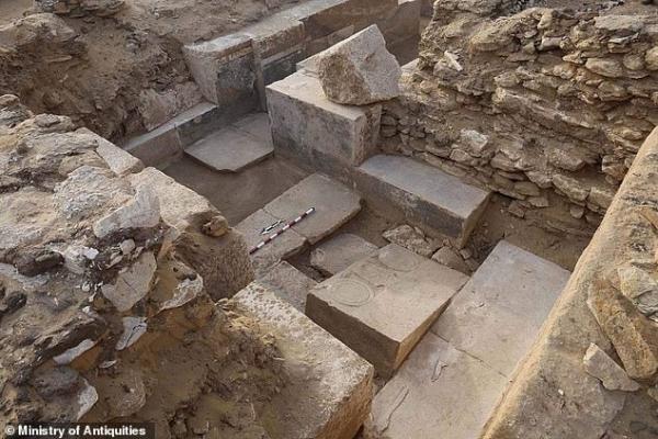 Phát hiện nhiều bức tranh tàn sát động vật đáng sợ được khắc trên mộ của quý tộc Ai Cập cách đây 4.300 năm