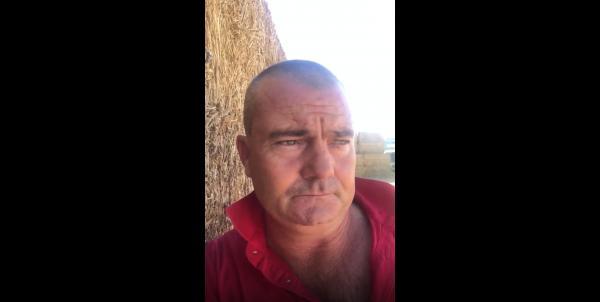 Nông dân Úc giận dữ vì những người ăn chay liên tục gọi điện chỉ để bảo rau xà lách có nhịp tim