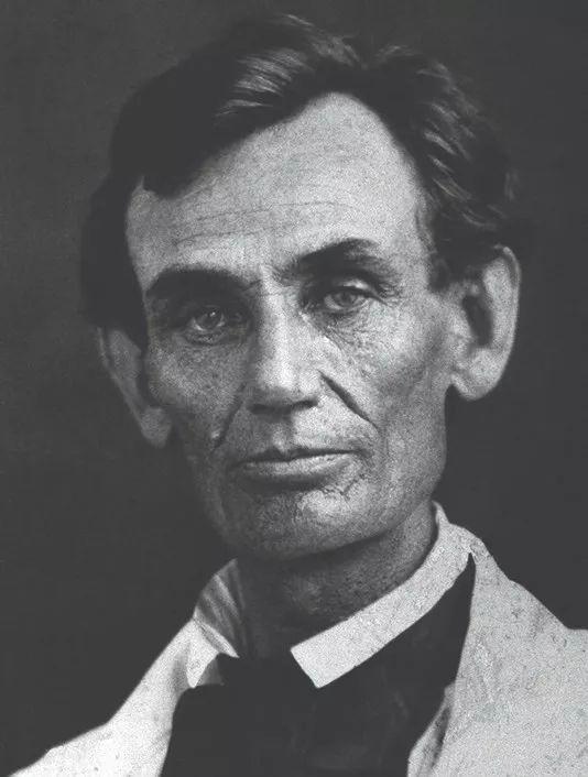 Tần Thuỷ Hoàng và Tổng thống Mỹ Lincoln đều từng dùng thuỷ ngân để... giải độc