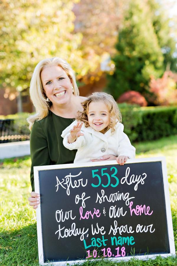 Điều kỳ diệu xảy đến với em bé sinh non bị bố mẹ nghiện ngập bỏ rơi 5 tháng trong bệnh viện