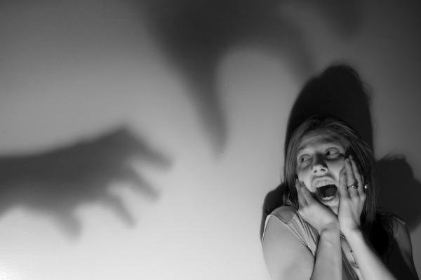 20 câu chuyện rùng mình giải thích vì sao phụ nữ sợ phải 'phũ' đàn ông