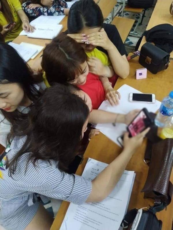 Lộ clip nhạy cảm của hot girl, cộng đồng mạng Việt Nam vẫn thích thêm dầu vào lửa?