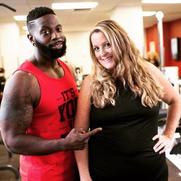 Huấn luyện viên cá nhân chấp nhận hy sinh tăng hơn 30kg để tạo động lực giảm cân cho khách hàng