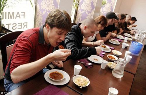 Điểm mặt gọi tên những cuộc thi ăn uống điên rồ nhất thế giới