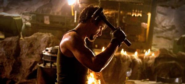 Tiếng vang bí ẩn cuối phim 'Avengers: Endgame' biểu tượng cho vòng tuần hoàn mở - kết của vũ trụ Marvel