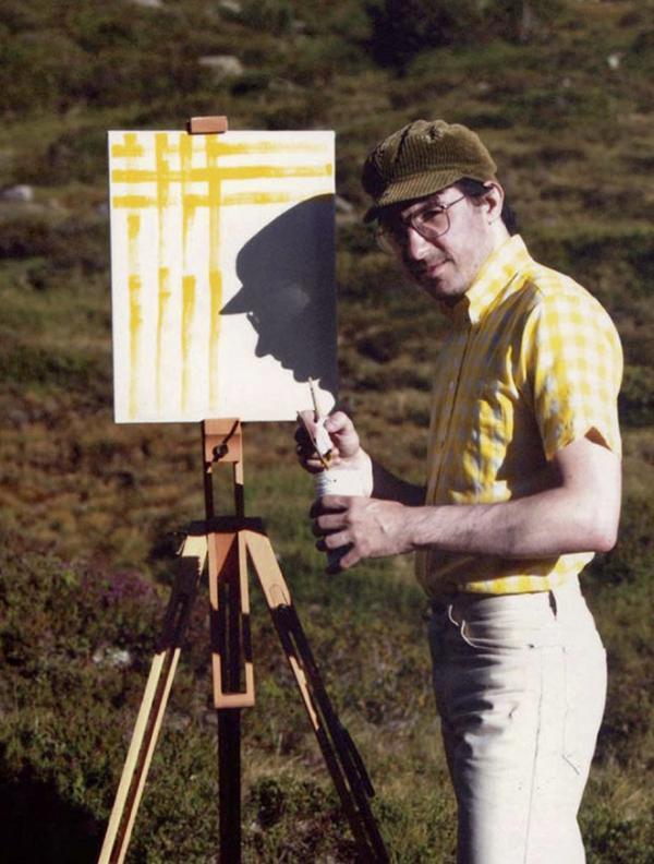 Anh họa sĩ đi khắp thế gian chỉ để... vẽ họa tiết trên áo của chính mình