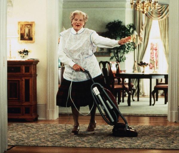 Nghiên cứu mới chứng minh rửa bát, quét nhà, gấp quần áo có thể giúp bạn sống thọ hơn