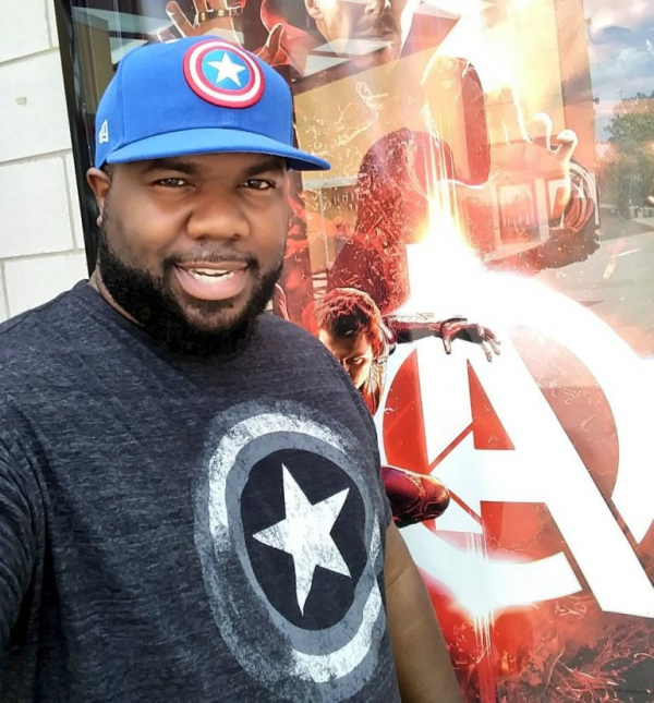 Chàng trai xem 'Avengers 3' 103 lần được đạo diễn tặng đặc quyền cao cấp dành cho fan siêu cuồng