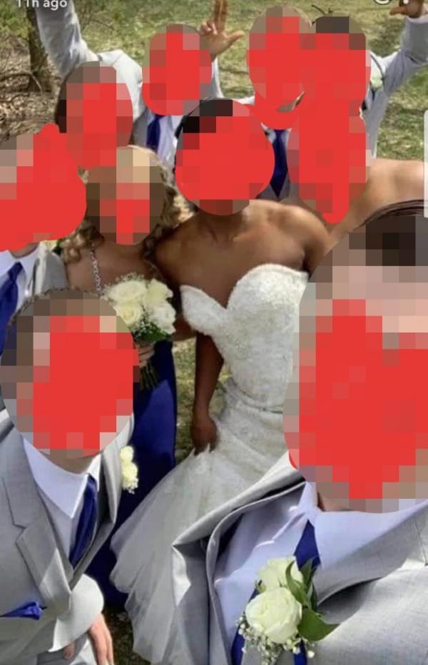 Mặc váy trắng đến đám cưới, mẹ chú rể ngay lập tức chiếm hết spotlight