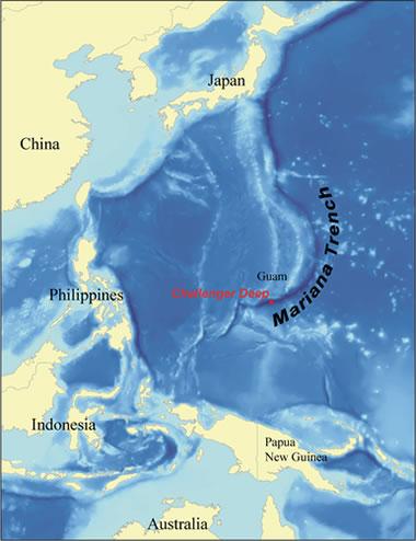 Nhà thám hiểm bị sốc khi phát hiện túi nylon và vỏ kẹo xuất hiện ở rãnh đại dương sâu nhất thế giới