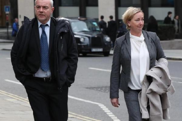 2 cảnh sát nhận án tù vì mải hẹn hò, cố ý phá hủy chứng cứ khiến loạt vụ án ấu dâm rơi vào bế tắc