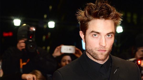 Mười năm sau khi nghỉ làm Ma cà rồng, Robert Pattinson sẽ đóng vai Người Dơi?