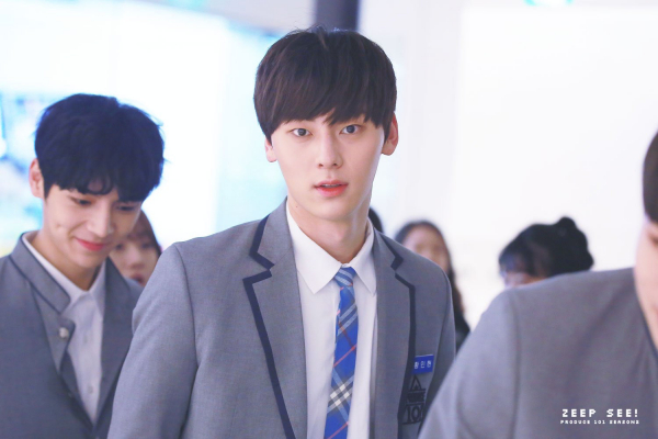 Năm ấy Hwang Min Hyun được cả Produce 101 theo đuổi, năm nay có một trainee bị cả Produce X xua đuổi!