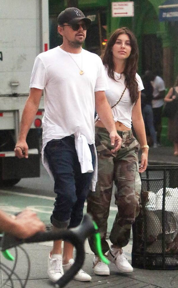 Siêu sao như Leonardo DiCaprio mà vẫn phải lo chuyện 'sống ảo' cho bạn gái