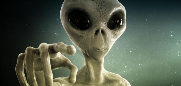 Mất ngủ với 12 câu chuyện kinh dị về người ngoài hành tinh