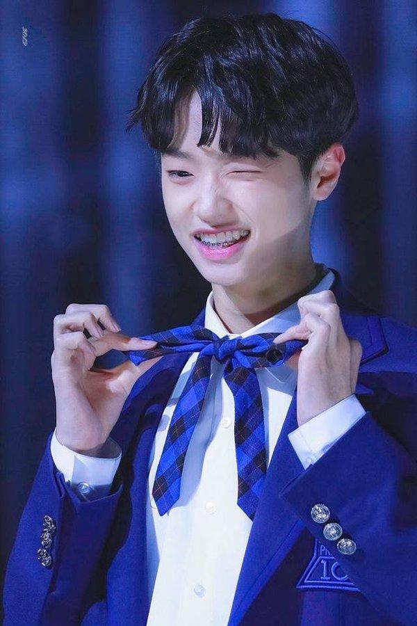 Netizen Hàn mệt mỏi, muốn bỏ xem Produce X 101 vì center 18 tuổi liên tục làm aegyo quá lố