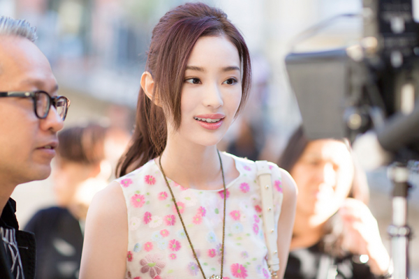 Lâm Canh Tân đẹp siêu thực trong phim mới: Bên ngoài là tổng tài bá đạo, bên trong là cảnh sát ngầm