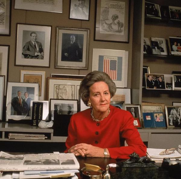Katharine Graham - Từ 'mẹ bỉm sữa' núp bóng chồng đến bà trùm thay đổi bộ mặt báo chí Mỹ