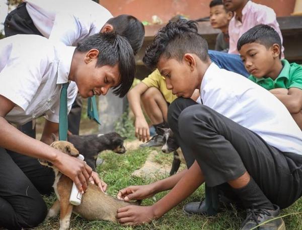 Trường học xanh thân thiện với môi trường tại Ấn Độ, 'học phí' của học sinh chính là rác thải nhựa ở nhà