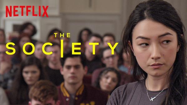 'The Society': Cha mẹ đột nhiên biến mất, thị trấn bị cô lập, đám trẻ trung học phải làm sao?