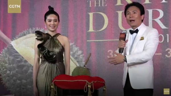 Quả sầu riêng hoàn hảo nhất thế giới được bán đấu giá hơn 1,1 tỷ VNĐ tại Thái Lan