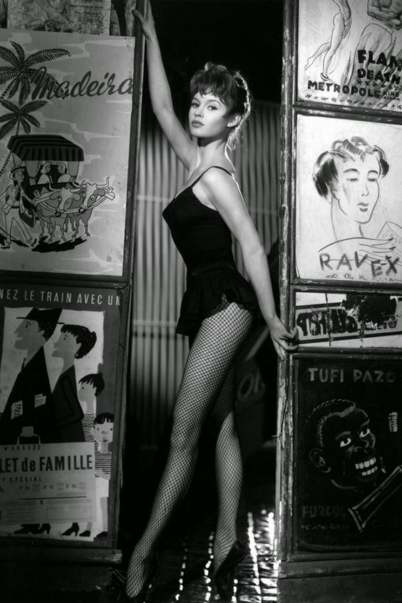 Chúa đã tạo ra đàn bà nhưng Quỷ dữ lại sinh ra Brigitte Bardot