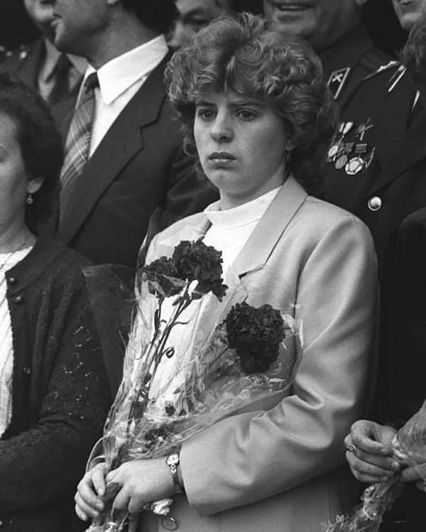 Câu chuyện đời thực đau lòng hơn gấp bội của vợ người lính cứu hỏa trong phim 'Chernobyl'