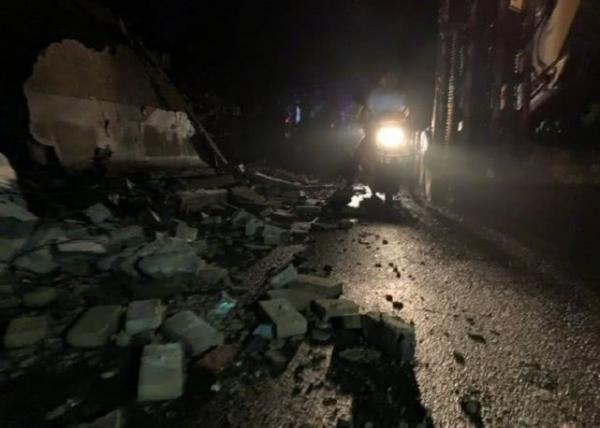 Sốc: AngelaBaby suýt mất mạng trong cơn động đất Tứ Xuyên, phải chạy 20 tầng lầu để trốn thoát
