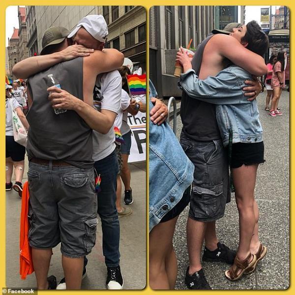 Tại cuộc diễu hành Pride, một người cha đã trao hàng trăm cái ôm cho những ai bị phụ huynh ruồng bỏ