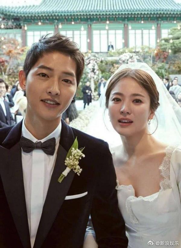 Vì sao Song Joong Ki là người chủ động đệ đơn ly hôn chứ không phải Song Hye Kyo, uẩn khúc nằm ở đây!