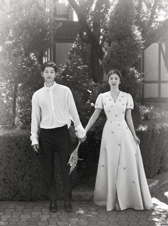 Tình yêu tan vỡ: Song Hye Kyo sụt 5 kg, biểu hiện stress của Song Joong Ki còn nghiêm trọng hơn
