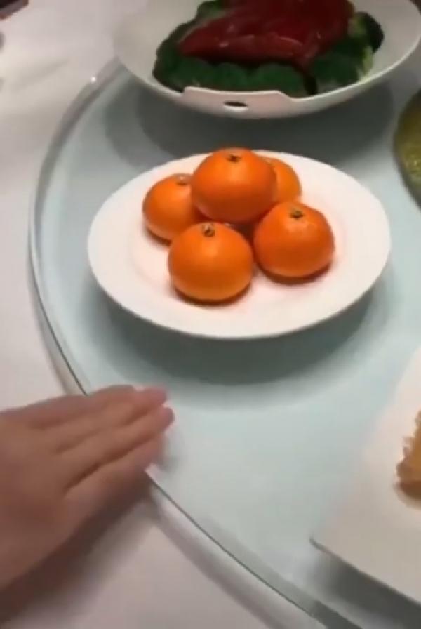 Thợ làm bánh Trung Quốc tạo ra những chiếc bánh hấp nhìn chẳng khác gì trái cây thật