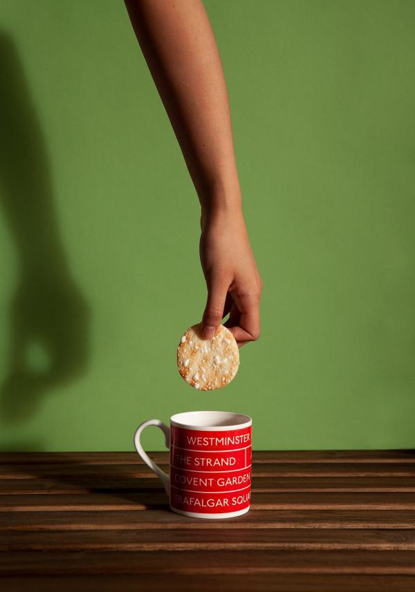 Nền văn hóa Anh Quốc - Trung Hoa hòa quyện trong bộ ảnh ẩm thực đầy sáng tạo
