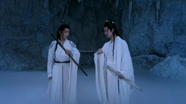 Vương Nhất Bác: 'Thú vui đã nhất chính là đánh Tiêu Chiến còn với đoàn phim Trần Tình Lệnh vẫn thiện lành'