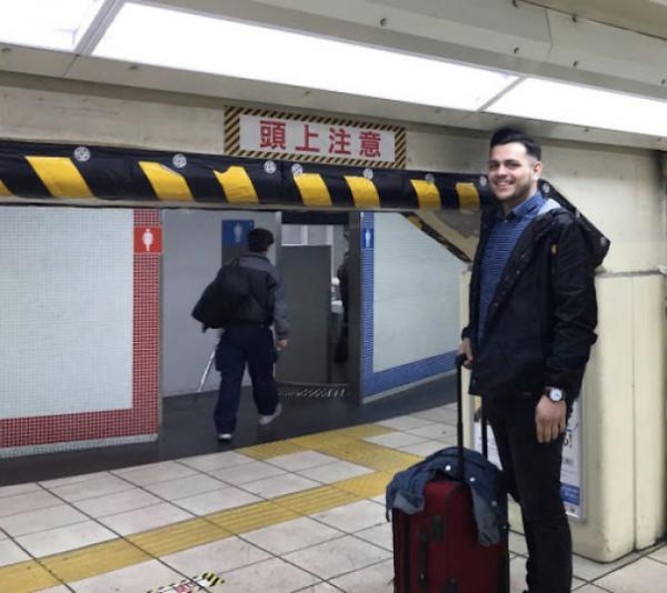 Những tình huống éo le khiến bạn nhận ra mình 'quá cao để sống ở Nhật'