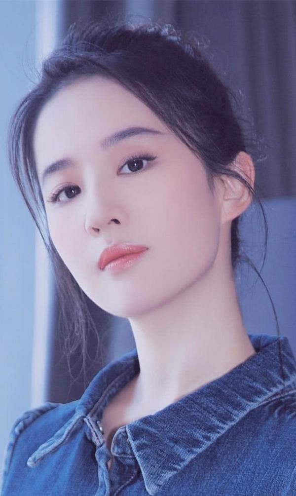 Chê Lưu Diệc Phi quá bánh bèo so với 'Mộc Lan', dân Hàn nhiệt liệt đề cử người đẹp của nước mình