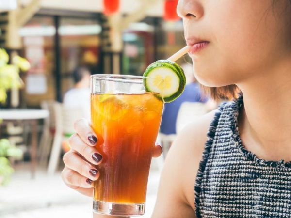 Theo nghiên cứu mới, tiêu thụ đồ uống có đường sẽ làm tăng nguy cơ mắc bệnh ung thư