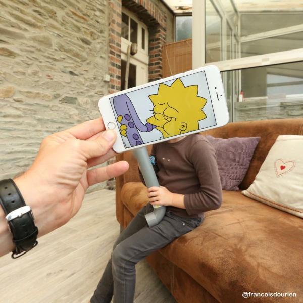 Ngỡ ngàng bắt gặp các nhân vật trong bộ phim 'The Simpsons' ngoài đời thật
