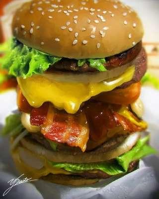 Những bức tranh đồ ăn siêu chân thực chống chỉ định xem lúc đói