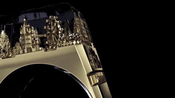 Chiếc nhẫn tí hon chứa đựng được kiến trúc của cả một thành phố rộng lớn