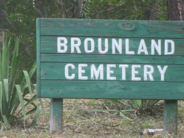 Tổng hợp những vụ án từ kinh dị đến nhảm nhí từng xảy ra tại nghĩa trang