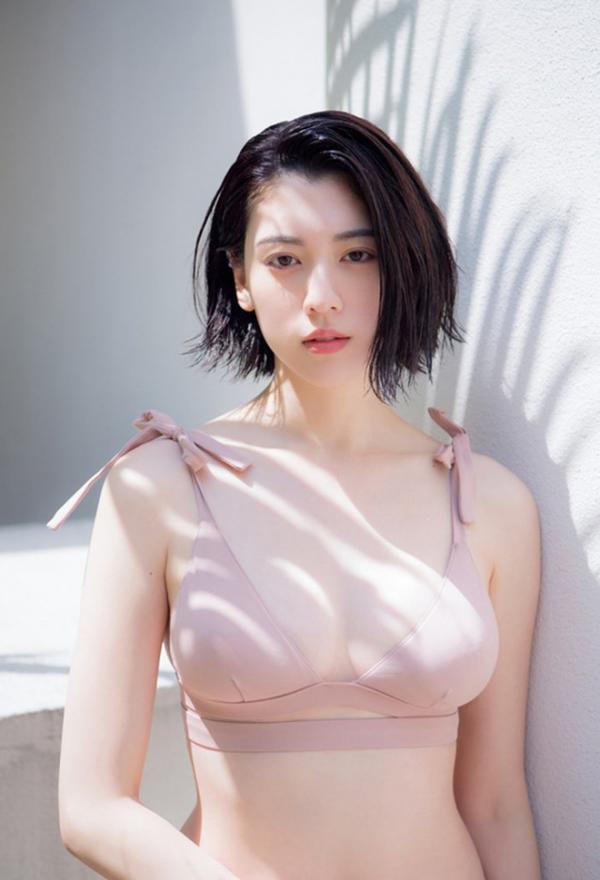 11 điều phụ nữ Nhật Bản muốn phái mạnh biết về vòng một của họ