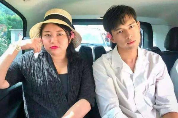 Dương Thiên Chân -  Người giúp Lý Hiện một đêm đại bạo, 23 tuổi đã khiến Phạm Băng Băng nể sợ là ai?