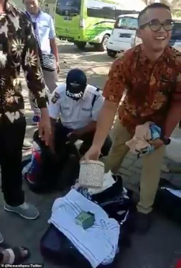 Đoàn khách du lịch bị phát hiện ăn cắp nhiều đồ dùng từ khách sạng hạng sang