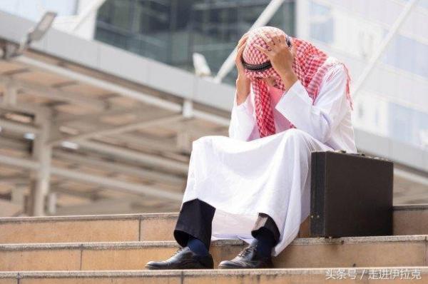 Những phi vụ khó tin của kẻ giả làm hoàng tử Ả Rập suốt 27 năm, lừa gạt hàng chục triệu USD