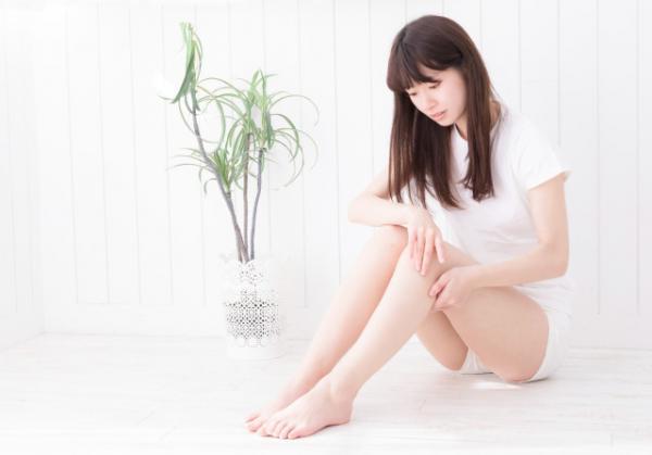 Bác sĩ Nhật Bản: 'Hầu hết chị em đang cắt móng chân sai cách!'