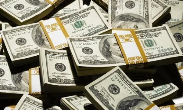 Nhà triệu phú vung tiền gần 420 triệu VNĐ để tìm người quyến rũ, thử lòng hôn thê