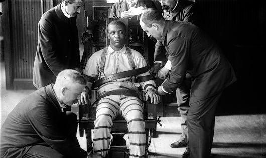 Lý do đen tối đằng sau việc tử tù chọn ghế điện thay vì thuốc độc