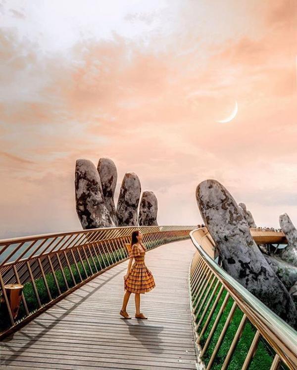 Lạ lùng: Cầu Tiên Thủ mới xây của Trung Quốc giống hệt Cầu Vàng của Việt Nam