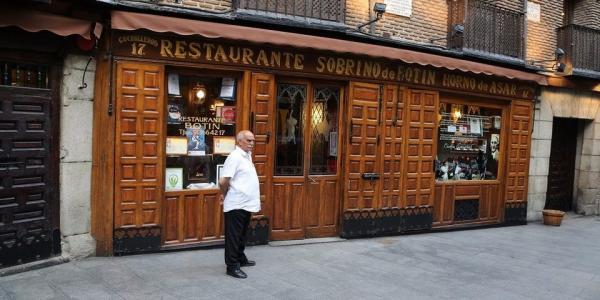 Có gì trong Sobrino de Botín - nhà hàng lâu đời nhất thế giới?